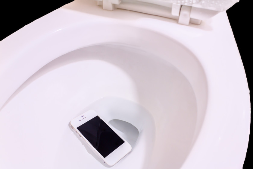 Your phone is way dirtier than your toilet seat