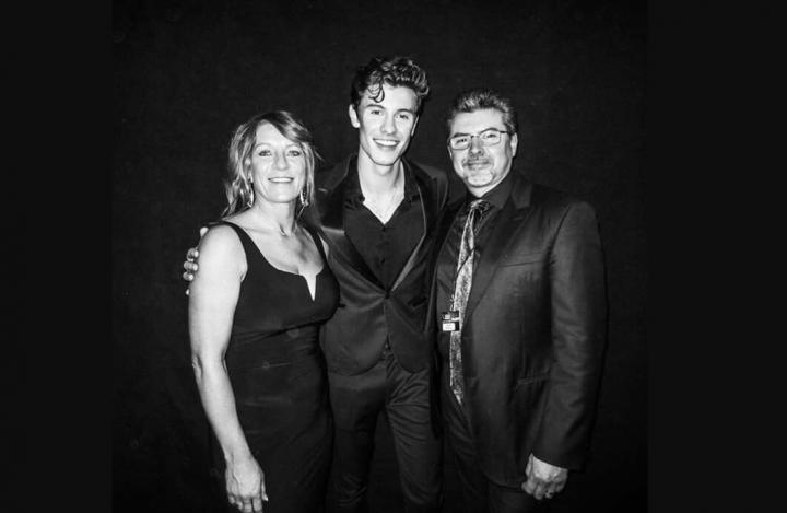 Shawn mendes parents